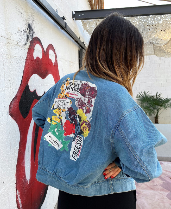 veste en jean-coupe boyfriend-imprimé au dos-année90